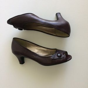 Naturalizer Brown Peep Toe Heels Shoes 7.5 EUC